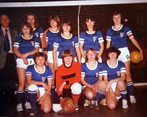 1977-Damen02
